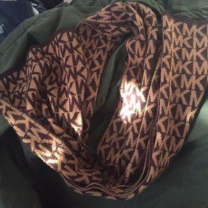 Michael Kors scarf